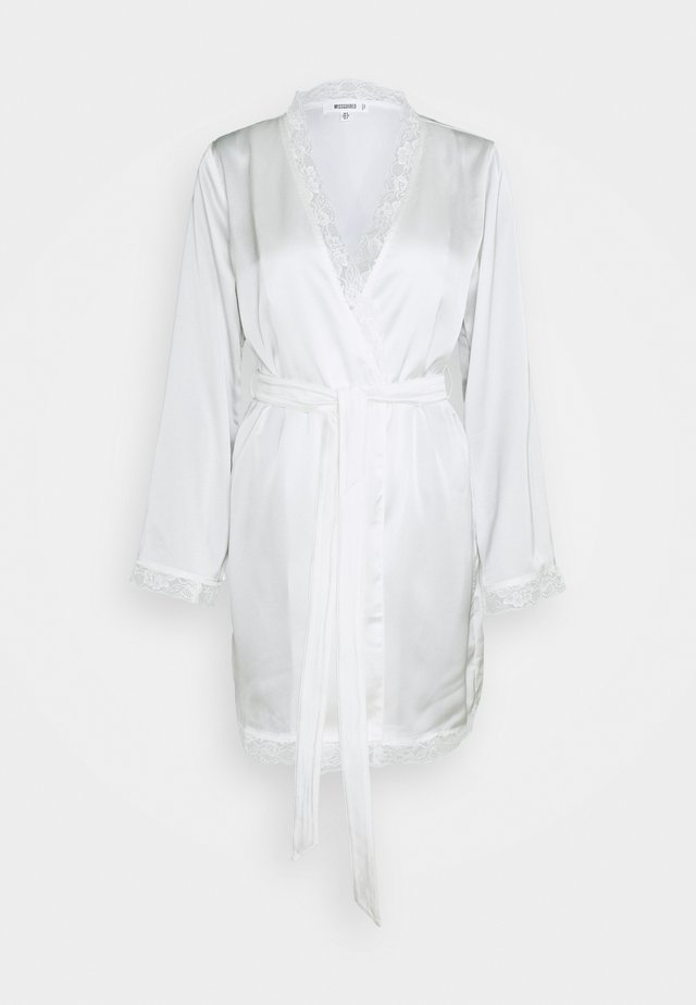 BRIDAL LACE INSERT SATIN ROBE - Dressing gown - white