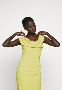 Vivienne Westwood - LONG GINNIE DRESS - Suknia balowa - yellow - 4
