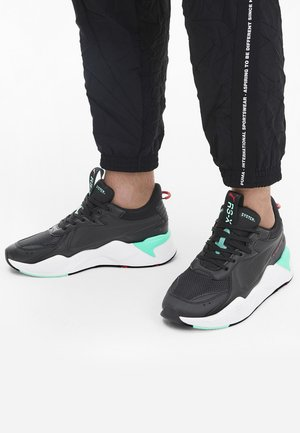 RS-X MASTER - Trainers - black/white