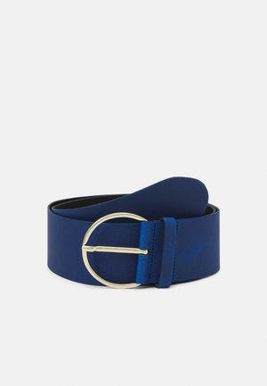 Belt - jeans