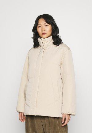 Gewatteerde jas - light beige