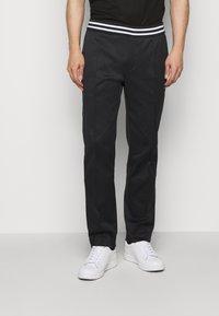 Emporio Armani - Pantalon classique - black - 0