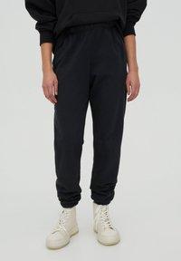 PULL&BEAR - Teplákové kalhoty - mottled dark grey - 0