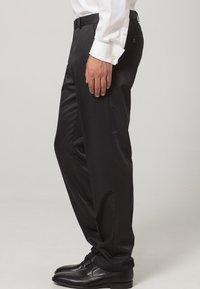 Wilvorst - Suit trousers - black - 2