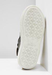 Shoesme - VULCAN - High-top trainers - black - 5
