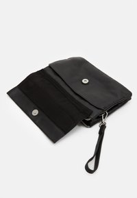 Still Nordic - ANOUK CROSSBODY - Clutch - black