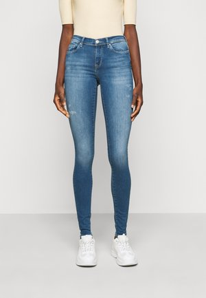 ONLSHAPE LIFE - Skinny džíny - light medium blue denim