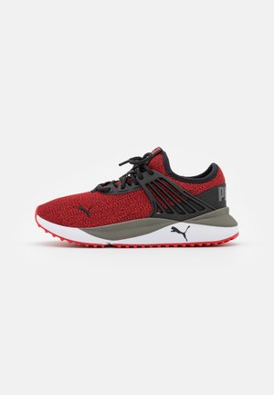 PACER FUTURE KNIT JR UNISEX - Neutral running shoes - high risk red/black