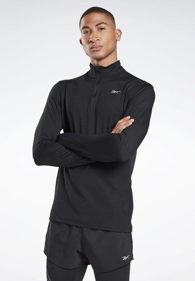 RUNNING ESSENTIALS QUARTER-ZIP TOP - Bluza z polaru - black