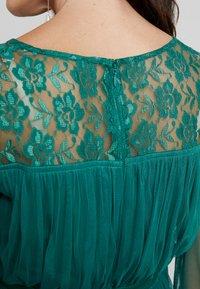 Anaya with love Maternity - LACE YOKE WITH LONG SLEEVES - Sukienka koktajlowa - emerald green - 6
