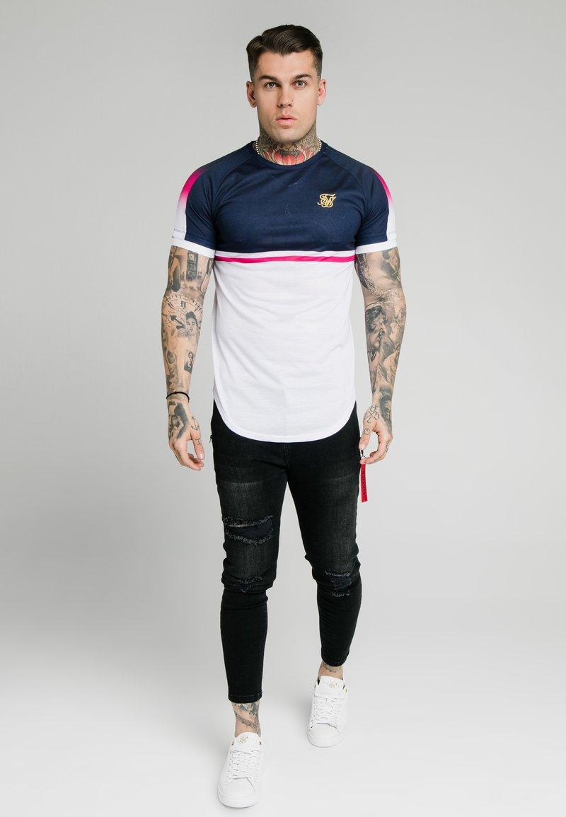 SIKSILK - FADE PANEL RETRO STRIPE TEE - Print T-shirt - grey/pink/white