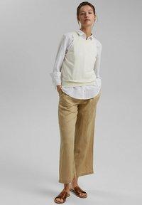 Esprit - Trousers - sand - 1