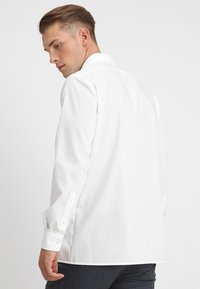 OLYMP - NEW KENT - Formal shirt - offwhite - 2