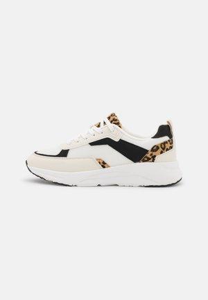 Sneakers laag - white/brown/black