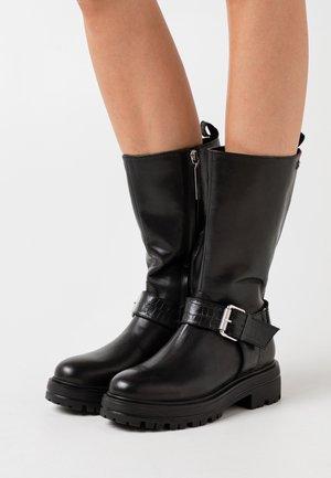 VALLENDAR - Platform boots - black