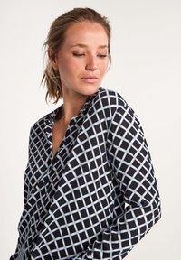 comma casual identity - Button-down blouse - dark blue grid - 4