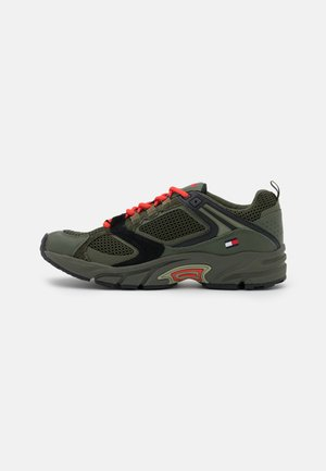 ARCHIVE MIX RUNNER - Trainers - dark olive