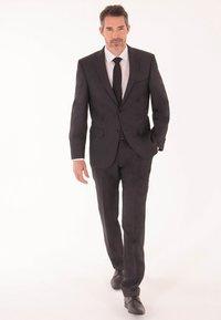 Daniel Hechter - MIX & MATCH  - Suit trousers - beige - 0