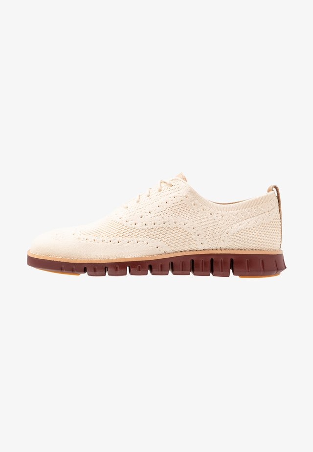 ZEROGRAND STITCHLITE OXFORD - Chaussures à lacets - brazilian sand/fired brick