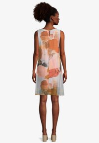 Cartoon - Day dress - patch orange/brown - 1
