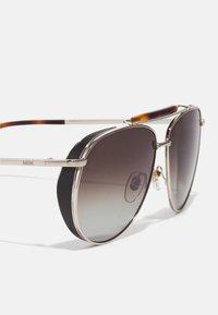 MCM - UNISEX - Sunglasses - shiny gold/khaki - 2
