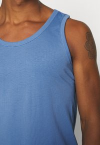 Only & Sons - ONSPIECE RELAXED TANK - Top - marina - 3