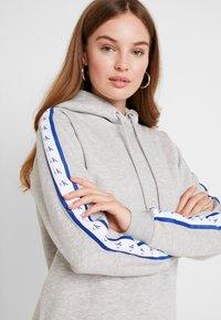 Calvin Klein Jeans - MONOGRAM TAPE HOODIE - Hoodie - light grey heather - 4