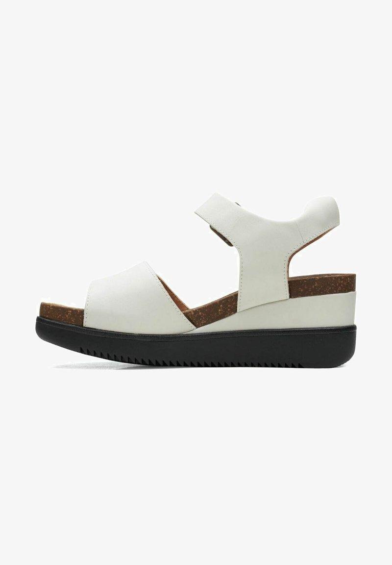 Clarks - LIZBY - Sandalias con plataforma - white leather
