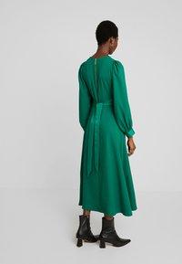 Closet - CLOSET HIGH NECK SKATER DRESS - Denní šaty - green - 2