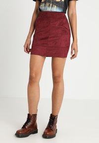 ONLY - ONLJULIE BONDED SKIRT - Mini skirt - chocolate truffle - 0
