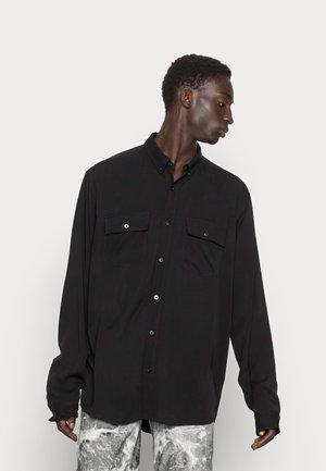 WHITEHALL - Overhemd - black