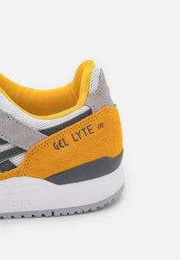 ASICS SportStyle - GEL-LYTE III UNISEX - Baskets basses - sunflower/carrier grey - 5