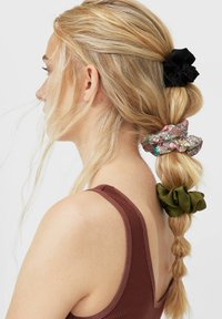 Stradivarius - 3 PACK - Hair styling accessory - dark green - 1
