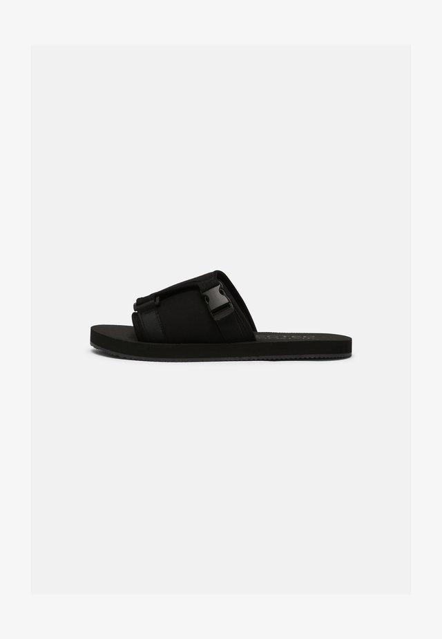 SLHNOLAN SLIDER - Pantofle - black