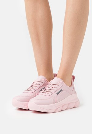 COTTON CANDY - Sneakersy niskie - pink