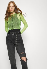 Topshop - WASHED BLACK SEOUL RIP MOM - Džíny Relaxed Fit - washed black - 3