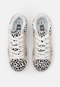 Cotton On - TIBI - Trainers - snow - 3