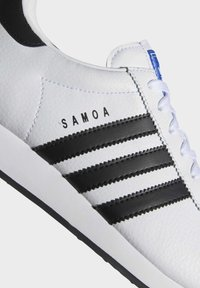 adidas Originals - SAMOA - Sneakers basse - white/black - 6