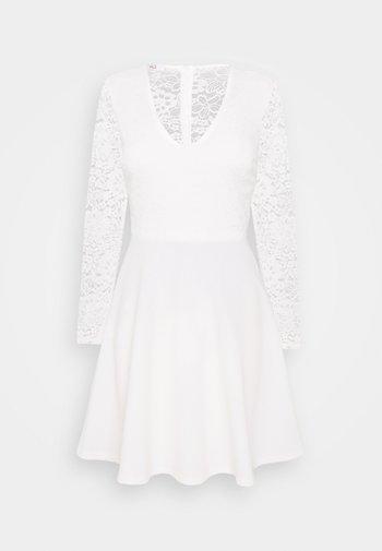 MICHELLE SKATER - Cocktailklänning - white