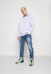 Nike Sportswear - CLUB HOODIE - Collegepaita - violet frost - 1