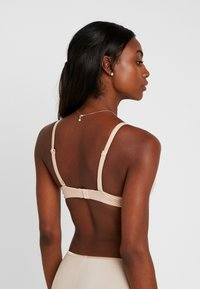 LOU Lingerie - INSOUPCONNABLE PADDED BRA - T-shirt-bh'er - nude - 2