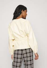 EDITED - PAPINA BLOUSE - Blouse - beige - 2