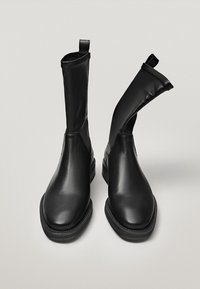 Massimo Dutti - Classic ankle boots - black - 5