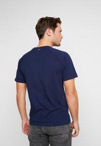 Napapijri - SASTIA  - T-Shirt print - medieval blue - 2