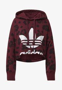 adidas Originals - BELLISTA ALLOVER PRINT CROPPED HOODIE - Sweatshirt - red - 4