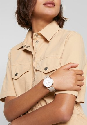 WOMENS WATERBURY CASE DIAL - Watch - tan