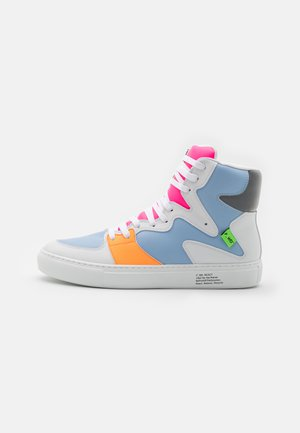 XP3_SLASHER - High-top trainers - light/pastel blue