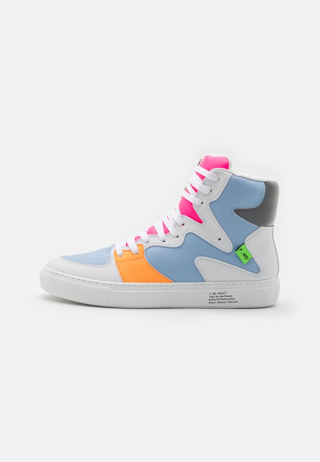XP3_SLASHER - Zapatillas altas - light/pastel blue