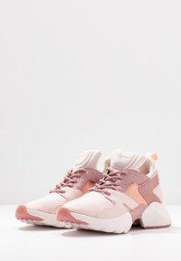 Tamaris Fashletics - Sneakers - rose - 4
