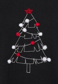 Evans - CHRISTMAS TREE JUMPER - Jumper - black - 2